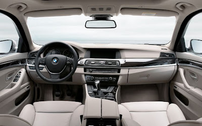 2011 BMW 5 Series Touring Interior