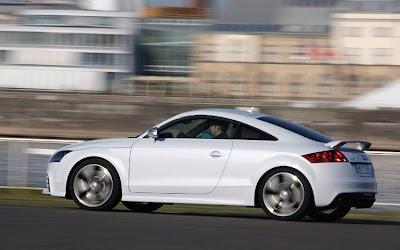 2011 Audi TT Side View