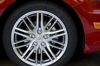 2011 Suzuki Kizashi Sport Car Wheels