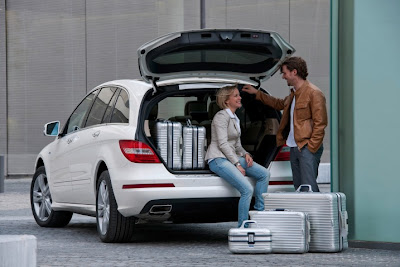 2011 Mercedes-Benz R-Class Cargo Area Place
