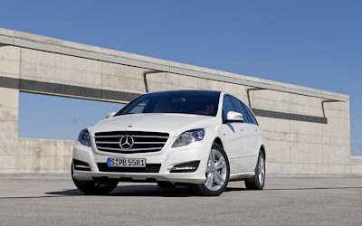 2011 Mercedes-Benz R-Class Picture