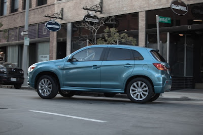 2011 Mitsubishi Outlander Sport Side View