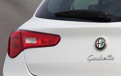 2011 Alfa Romeo Giulietta Taillight