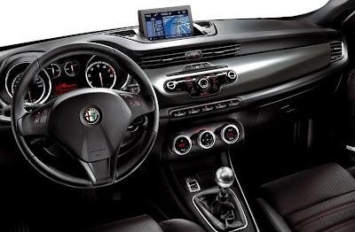 2011 Alfa Romeo Giulietta Car Interior