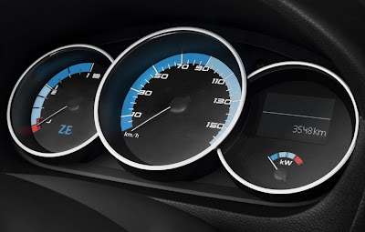 2011 Renault Fluence ZE Gauges