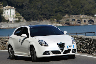 2011 Alfa Romeo Giulietta White Color