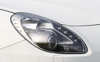 2011 Alfa Romeo Giulietta Headlights