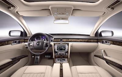 2011 Volkswagen Phaeton Interior Room