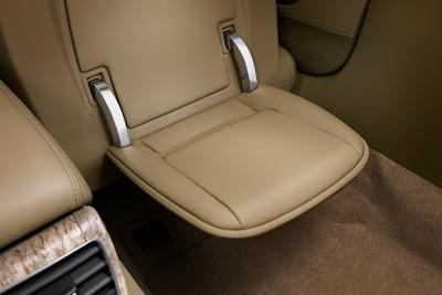 2011 Audi A8 L Seat Photo