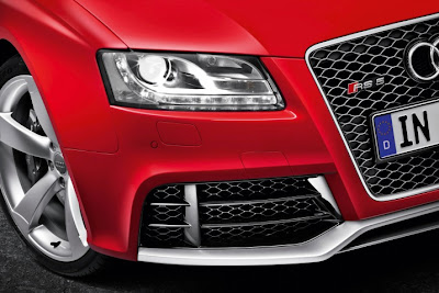 2011 Audi RS5 Front Light