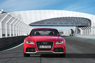 2011 Audi RS5 Front View