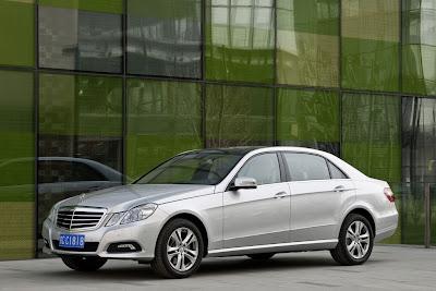 2011 Mercedes-Benz E-Class L Car Picture