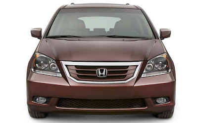 2010 Honda Odyssey Front View