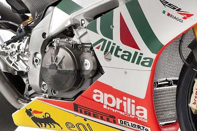Aprilia RSV4 Max Biaggi Replica Engine