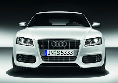 2010 Audi S5 Sportback Front View