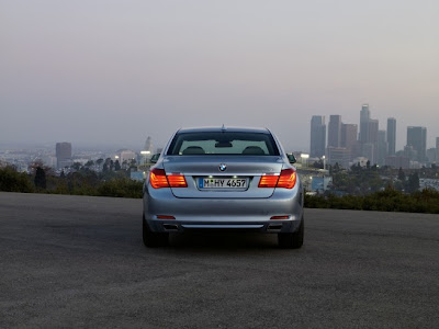 2010 BMW ActiveHybrid 7 Rear View