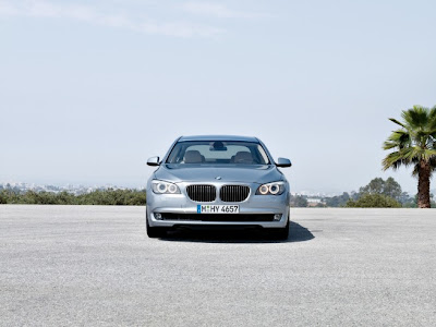 2010 BMW ActiveHybrid 7 Front View