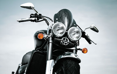 2010 Triumph Rocket III Roadster Headlight