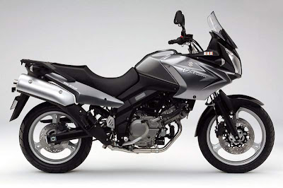 2011 wallpaper Suzuki DL 650 V-Strom Sport Bike