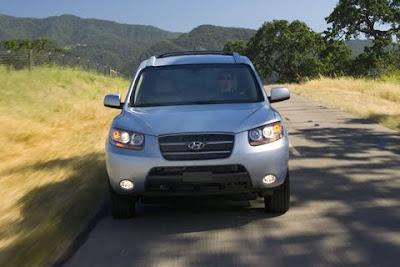 2010 Hyundai Santa Fe Front View