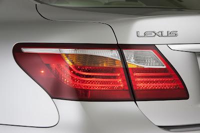 2010 Lexus LS 460 Taillight