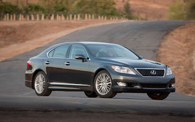 2010 Lexus LS 460 Sport Car Picture