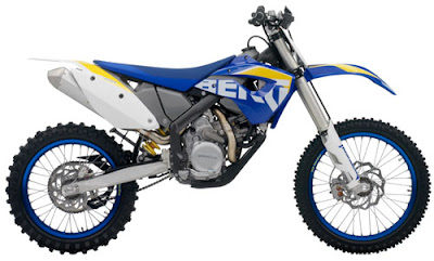 2010 Husaberg FX 450 Motorcycle Wallpaper