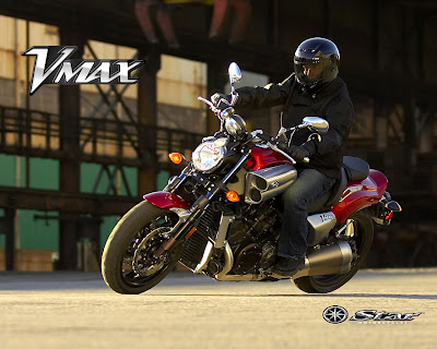 2010 Yamaha V-Max Action