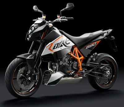 2011 KTM 690 Duke R Motorcycle Wallpaper