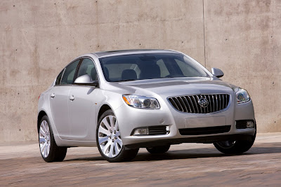 2011 Buick Regal First Look