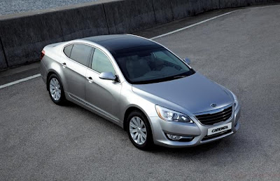 2010 Kia Cadenza Luxury Sporty Sedan