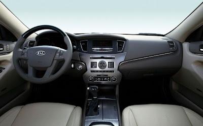2010 Kia Cadenza Interior