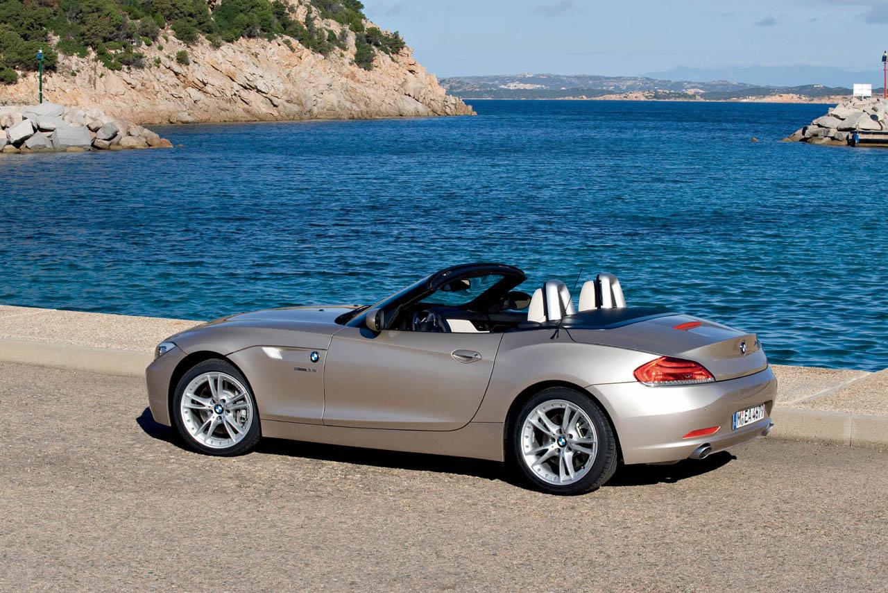http://3.bp.blogspot.com/_J3_liDBfbvs/Swf0kmLbNFI/AAAAAAAAQPI/s-tp8MorDcc/s1600/2010-BMW-Z4-Luxury-Car.jpg