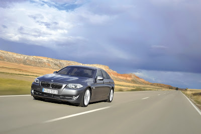 2011 BMW 5-Series Test Road