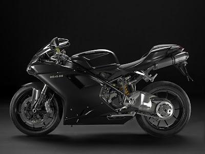 2010 Ducati 848 First Look