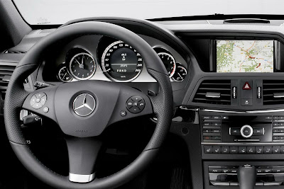 2011 Mercedes-Benz E-Class Cabriolet Steering Wheel