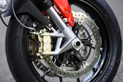 2010 Aprilia Shiver 750 Brakes