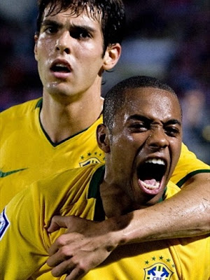 Kaka-Robinho World Cup 2010 Football Picture