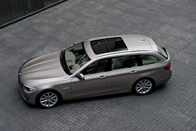 2011 BMW 5 Series Touring Top Side View