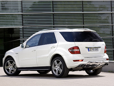 2011 Mercedes-Benz ML 63 AMG Rear Side View