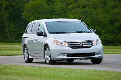 2011 Honda Odyssey Images