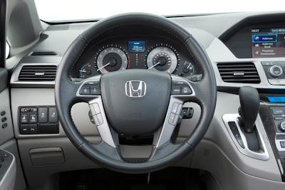 2011 Honda Odyssey Car Cockpit