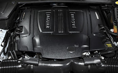 2011 Jaguar XJ Car Engine