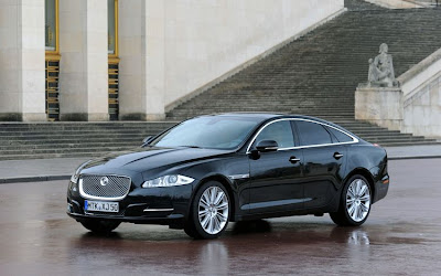 2011 Jaguar XJ Car Wallpaper
