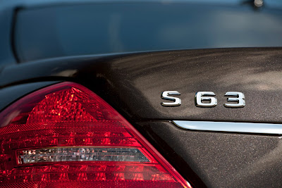 2011 Mercedes-Benz S63 AMG Taillight and Emblem