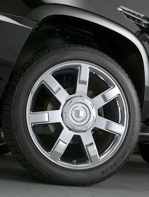 2011 Cadillac Escalade Car Wheel