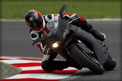 2011 Ducati 848 Evo Action