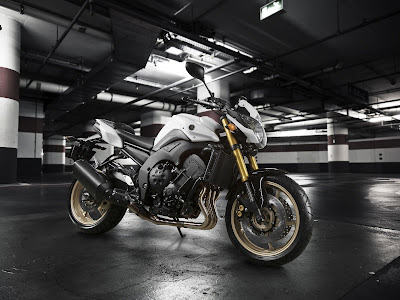 2011 Yamaha FZ8 Sports Bike