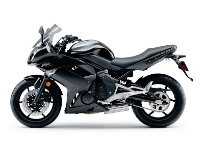 2011 Kawasaki Ninja 400R Black Color