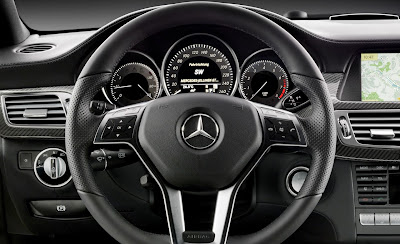 2012 Mercedes-Benz CLS Steering Wheel and Gauges